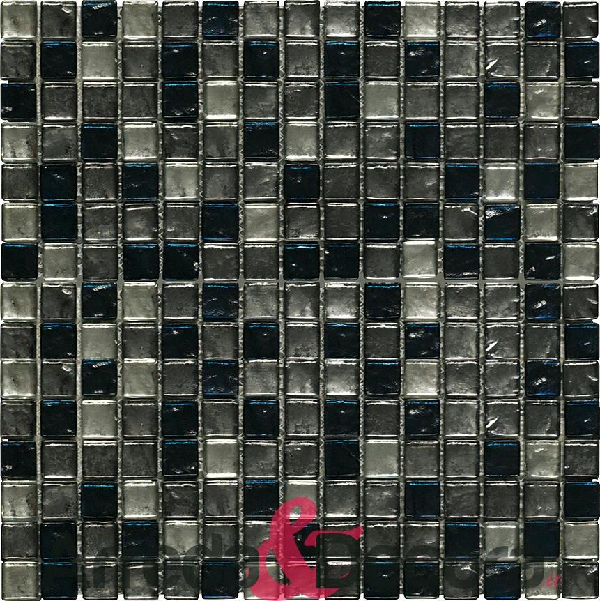 Bagno di piastrelle di vetro grigio renato ricci musica for Piastrelle bagno mosaico grigio