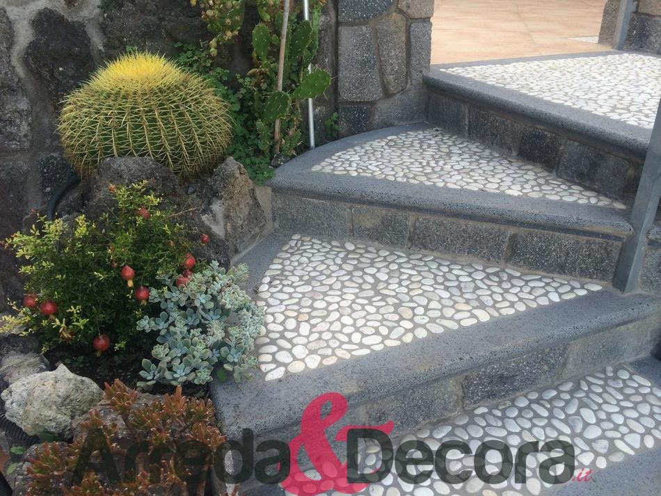 scale-con-poggia-piede-in-ciottoli-2-1