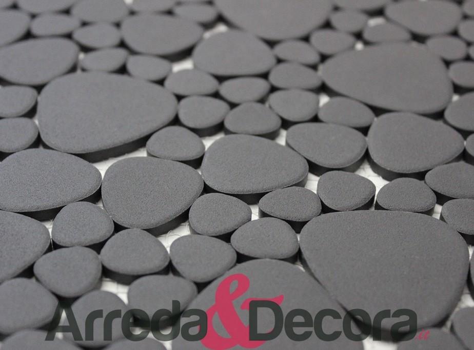 Mosaico a ciottoli in ceramica non smaltato antiscivolo nero