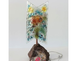 lampada con base in pietra