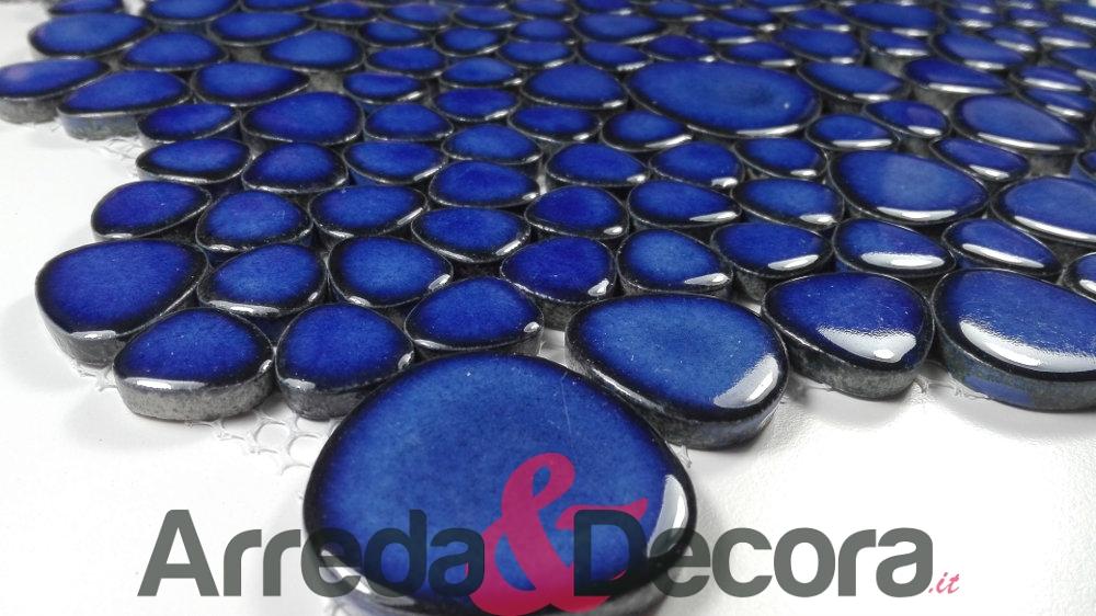 ciottoli blu a mosaico