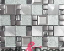 mosaico-in-acciaio-e-vetro