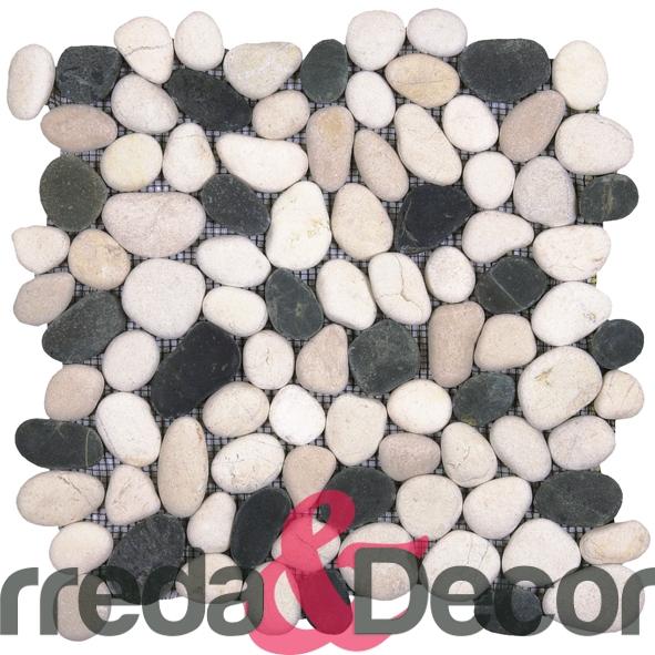 GAMI42-ciottoli bianchi e neri